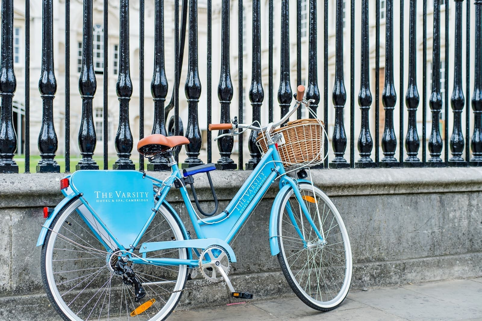 Bicycle at The Varsity Cambridge